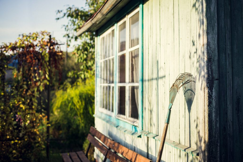 The Right Time to Downsize